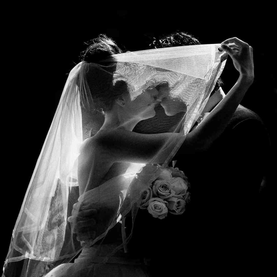 silhouet sluier bruidsfoto