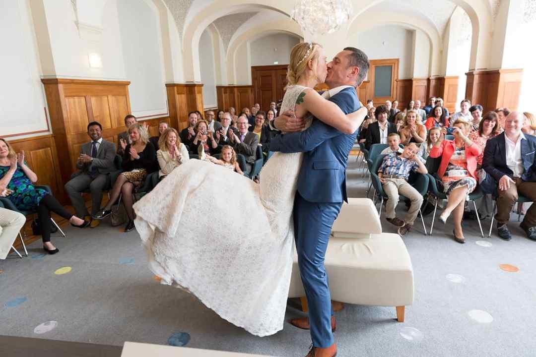 bruidsfotograaf Stadhuis Rotterdam Coolsingel