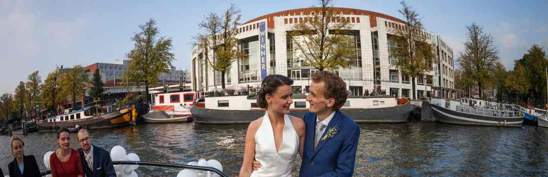bruidspaar Stopera Amsterdam