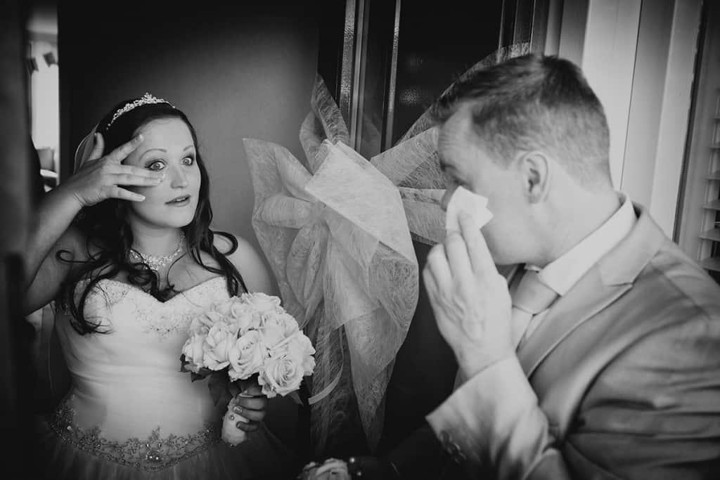 ontmoeting bruid & bruidegom foto