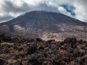 Aan de voet van de vulkaan Ngauruhoe, die voor het laatst in 1975 is uitgebarsten