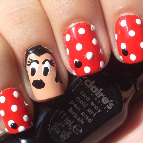 Minnie Mouse nail art