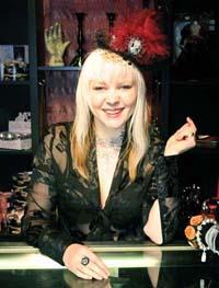 Vanasch - Gothic burlesque top hats competition