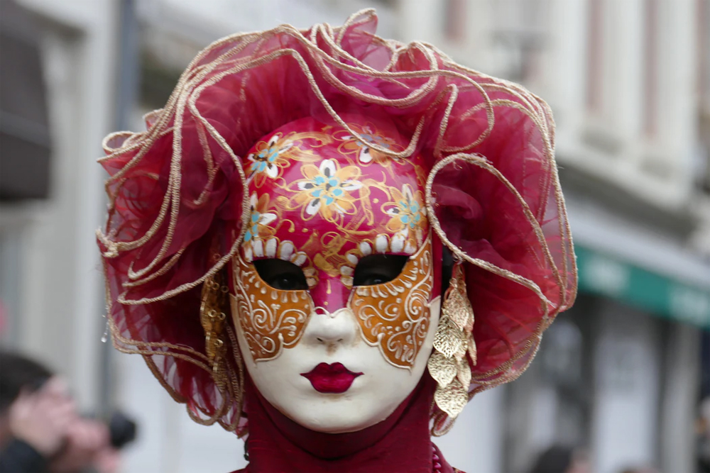 Venice Carnival Mask and Costume Tips To Revive You in February