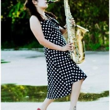 1950s-plus-size-polkadot-dress-2