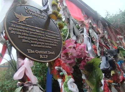 Cross Bones Graveyard