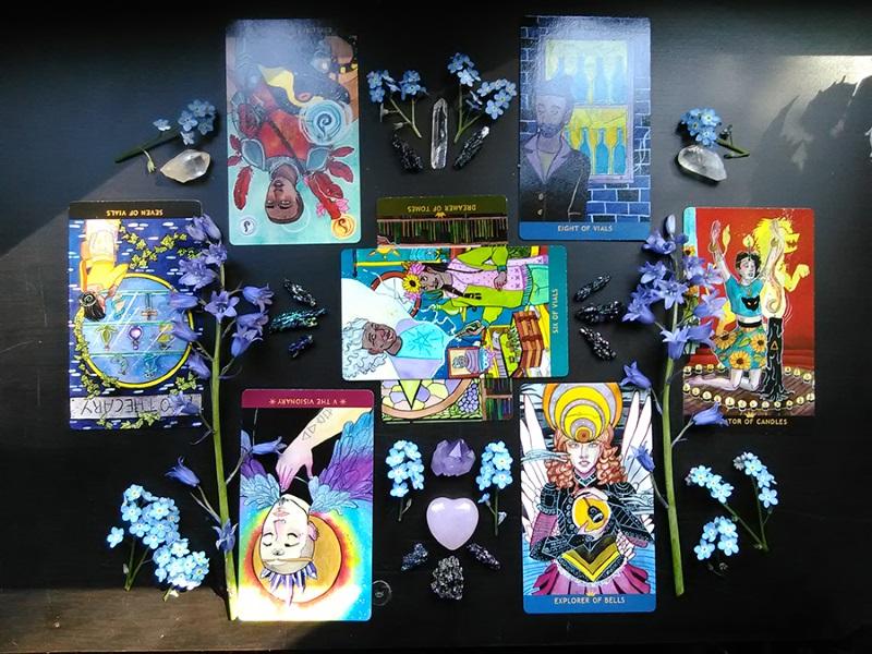 make your own DIY indie tarot deck - Numinous Tarot