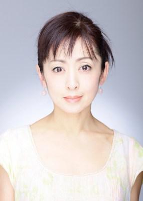 2330 - 斉藤由貴が医者と5年にわたる不倫関係、彼女の宗教結婚と家族は?
