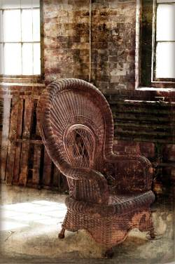 chair_factory_MadeOLDweb
