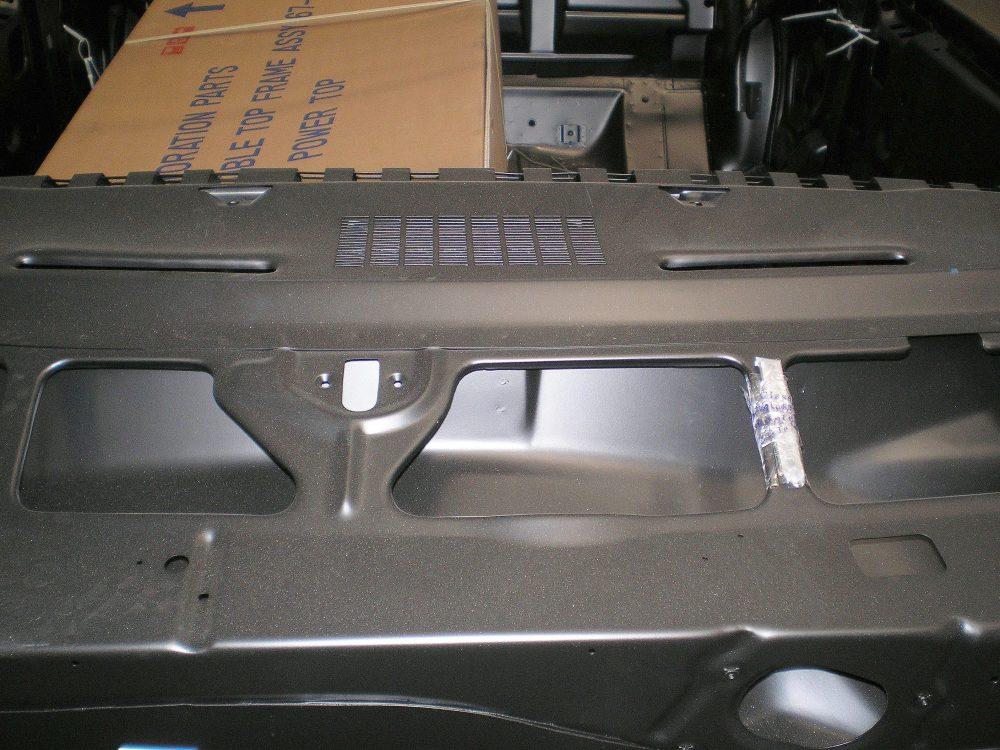 medium resolution of 68 camaro upper dash area