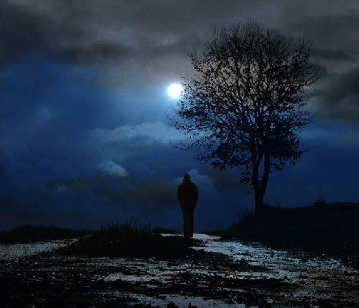 Poemas de Mary Cruz Sastre. Foto/ Web/Sombra de Luna.