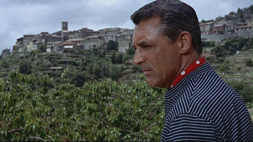 """Atrapa a un ladrón: glamour bajo el sol del Mediterráneo. """"El gato"""" Cary Grant."""