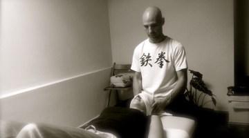 Shiatsu. El arte del masaje terapéutico. Xavier San y sus manos sanadoras.