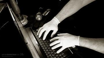 Robo en Internet. Robo de copyright. MoonMagazine contra las descargas ilegales. Fotografía de Javier A. Bedrina.