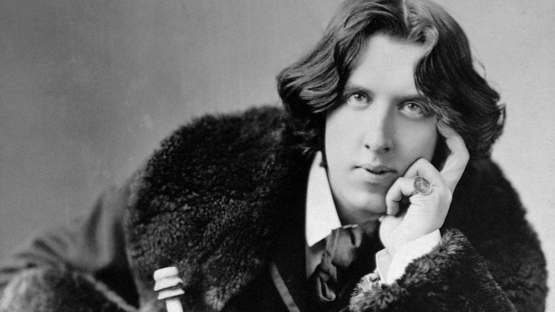5 películas clásicas basadas en obras de Oscar Wilde