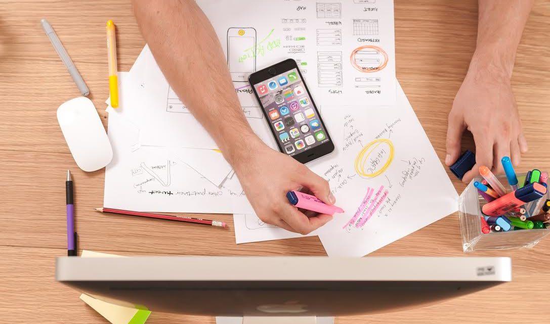 Repitan conmigo: procrastinar, procrastinar, procrastinar. Un artículo sobre esas técnicas sugeridas para aprovechar el tiempo y acabar las tareas que nos imponemos o imponen. O sea, que hay que ponerse a trabajar. La Crisálida Despierta y su hilarante punto de vista.