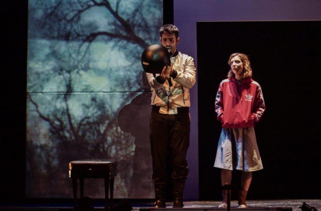 Antonio Lafuente y Ana Mayo en La armonía del silencio, de Lola Blasco