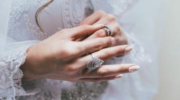 Hoy, en El Tocadiscos, radiante y blanca va la novia, de Antonio Prieto 1