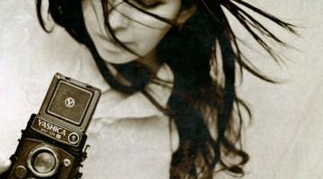 La fotografía moderna: Reflexiones sobre el fotógrafo, el arte de fotografiar y el peso de la fotografía como documento histórico
