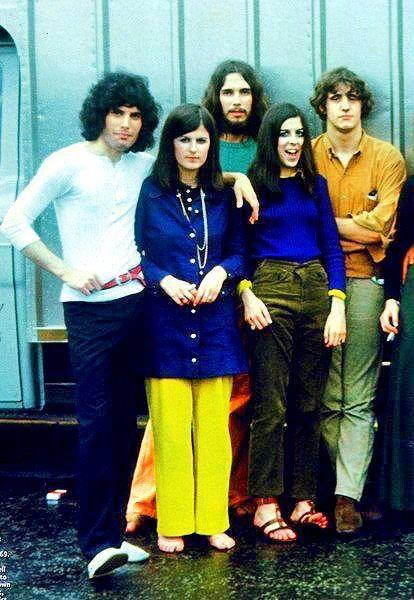 Freddie Mercury y Queen. Primeros pasos en la música