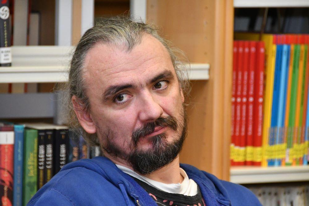 Ficción y realidad: debate entre escritores en el IX encuentro Navalanegra 1