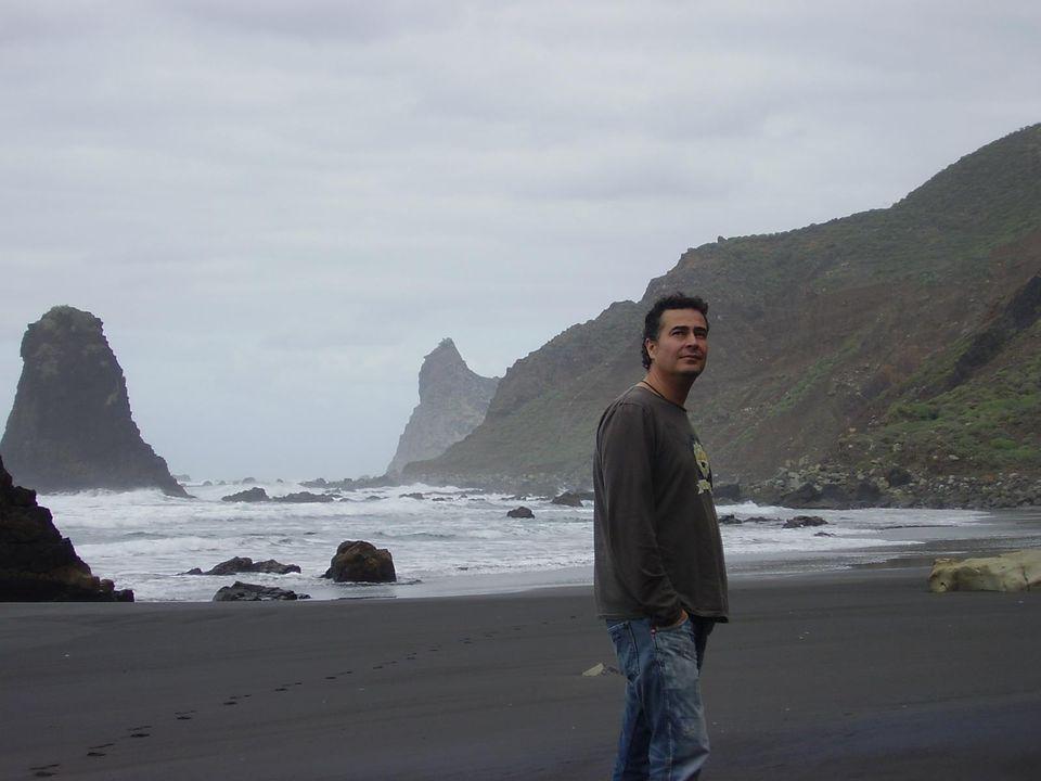 Franc Murcia: «Hay que cambiar esa imagen negativa del escritor indie» 2