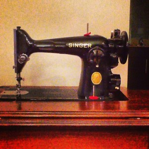 Singer 201-2 Sewing Machine