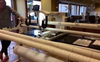 Handi Quilter longarm quilting machine empty full shot