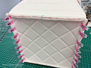 Quilted Cube Case Moore Approved Pellon Flex Foam Clover Wonder Clips sewing gusset to main panels