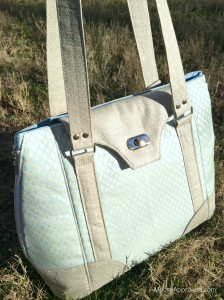 Moore Approved Swoon Patterns Harriet bag Jennifer Sampou Shimmer II Fabric Cotton and Steel Sparkle Canvas cloud front zippered