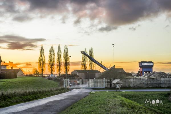 Woordloze Woensdag Zonsondergang Merwede Eendracht Werkendam /> <span class=