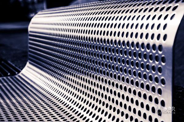 Woordloze Woensdag Abstract Rondingen Aluminium Structuur Zwart Wit/> <span class=