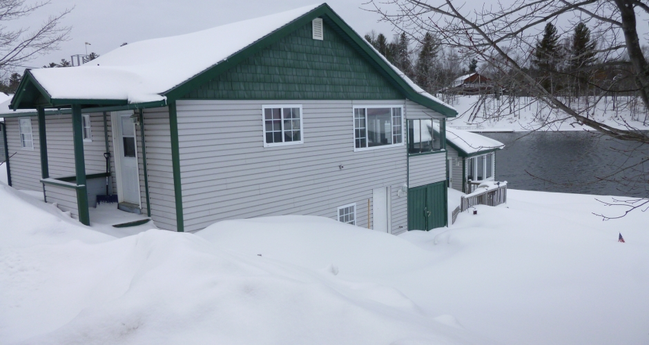 Bunkhouse Moose River View