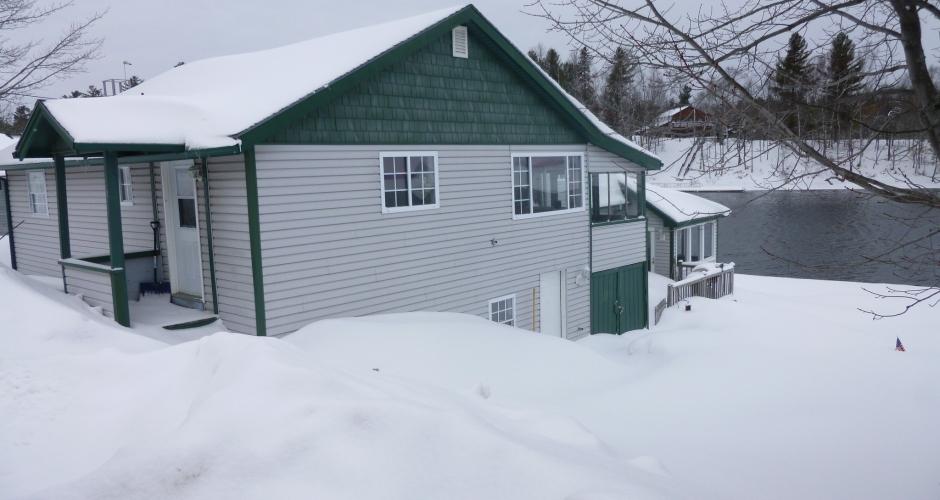 Bunkhouse Moose River View