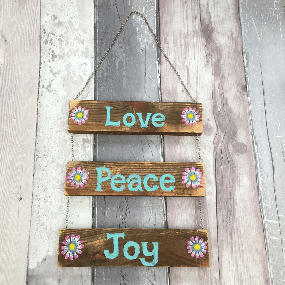 Customisable upcycled wood hanging sign