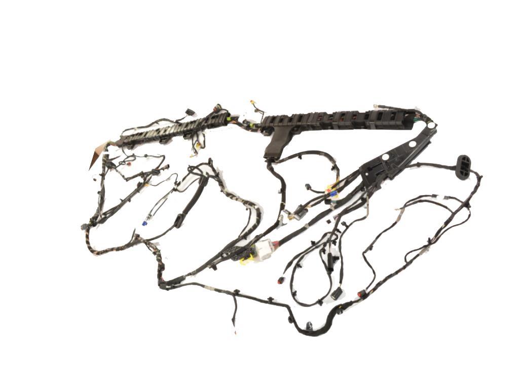 Chrysler Pacifica Wiring. Body left. [siriusxm satellite