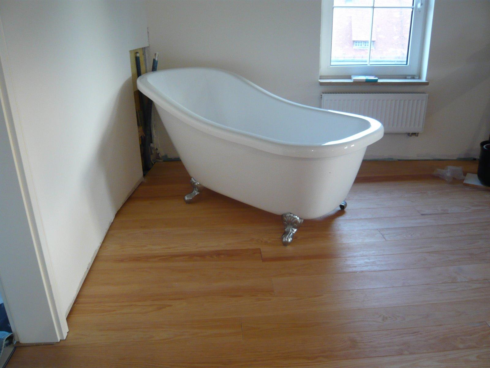 Alte Badewanne Renovieren antike freistehende alte
