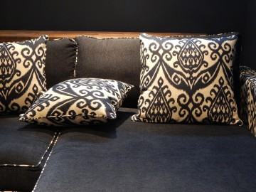 Il vecchio divano diventa Shabby Chic con i cuscini decorativi  Morbidissimi
