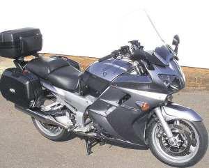 Yamaha-FJR1300-2