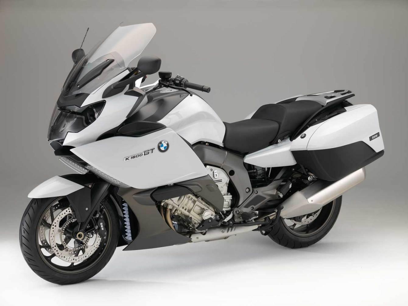 2015-BMW-K-1600-GT-006
