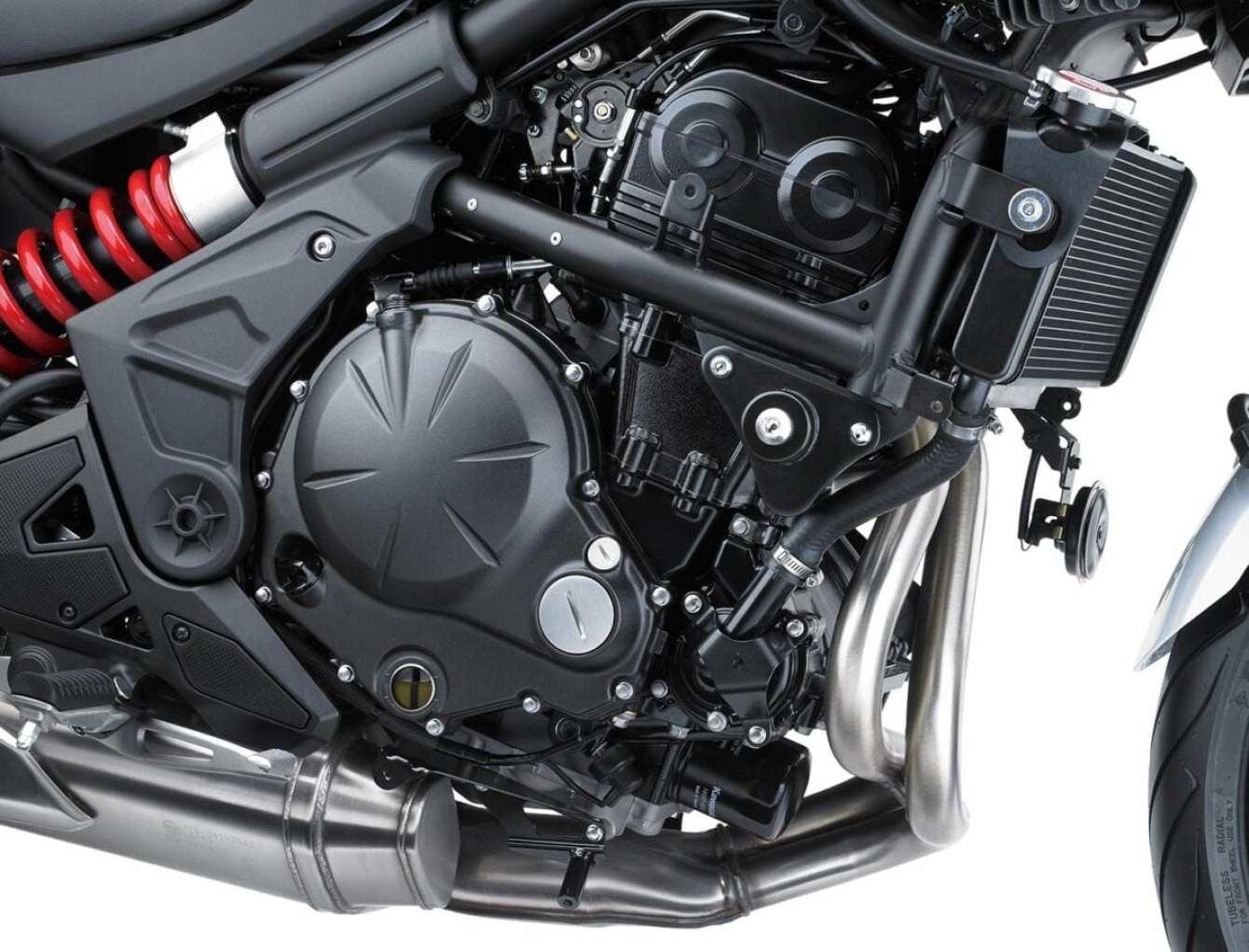 Kawasaki-Versys-650-0015