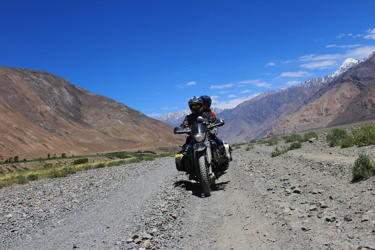 The pair travelling in the mountains