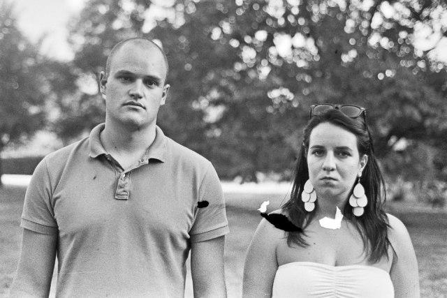 stara fotografija vjenčanja, sad wedding black and white photo