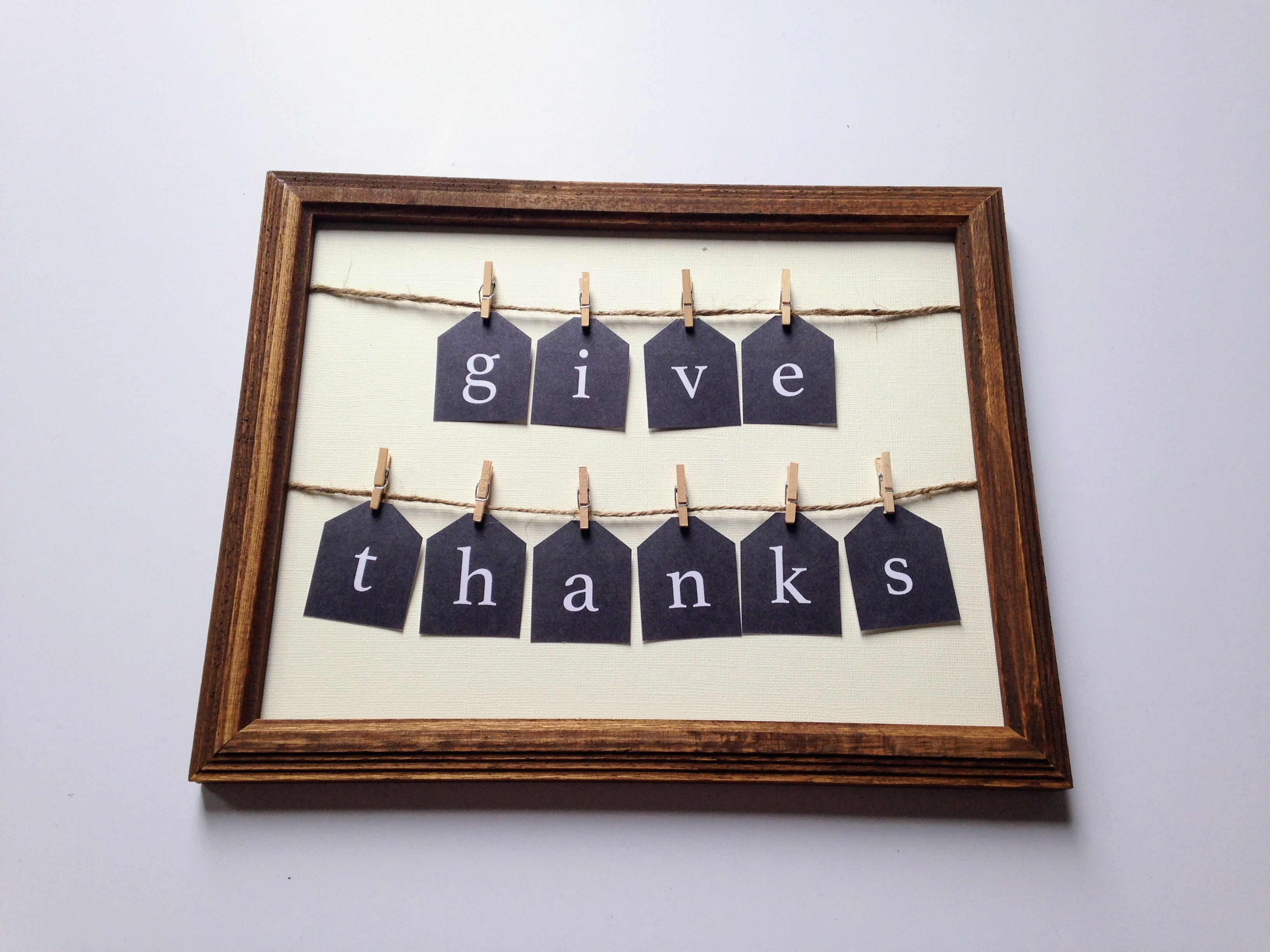 """Give Thanks"" Sign"