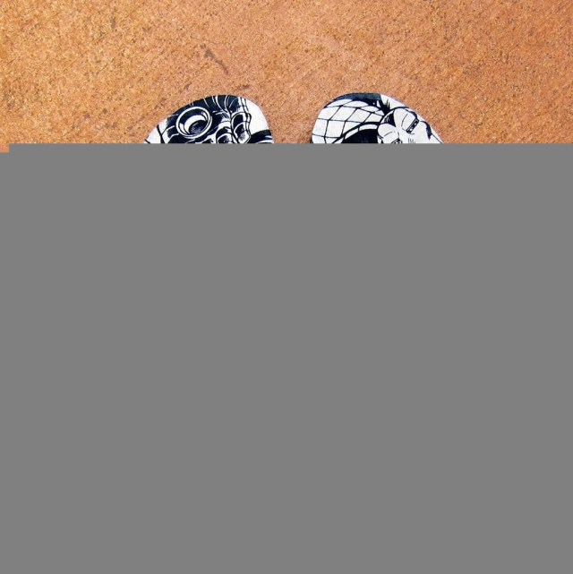 Transform dollar store flip flops with fabric and Mod Podge. Flip flop refashion at it's best!