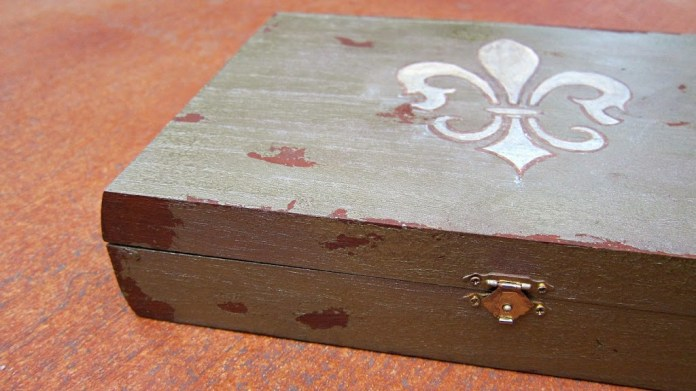 jewelry-box-detail