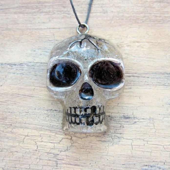Skull-Pendant-DIY