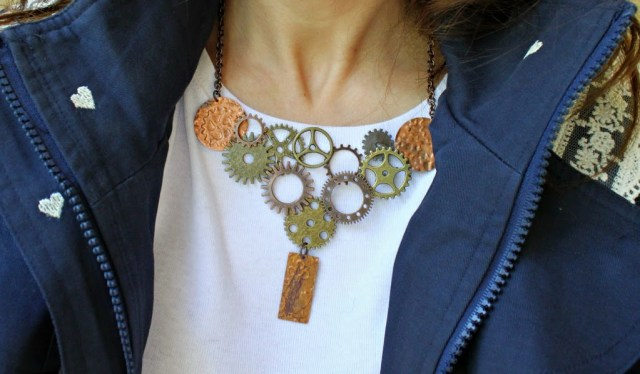 Don't worry if you've never made jewelry before! This steampunk gears necklace project is great for beginners.