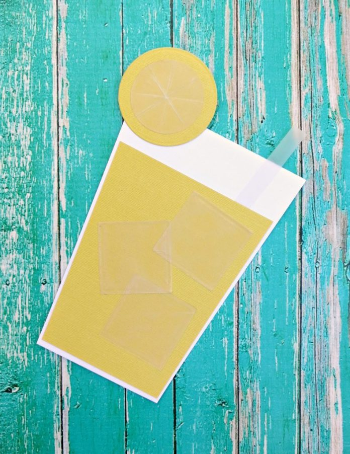 This fun lemonade glass shaped card is perfect for summer! Make party invitations or greeting cards using this easy to duplicate design.