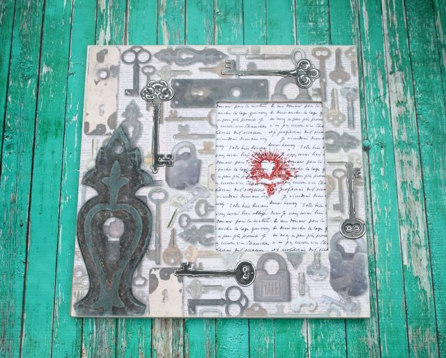"""Make a """"key to my heart"""" frame to decorate with or to give as a gift. Learn simple techniques for transforming an unfinished frame."""
